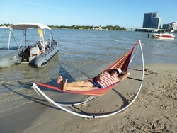 Folding Hammock for Beach and Outdoor.