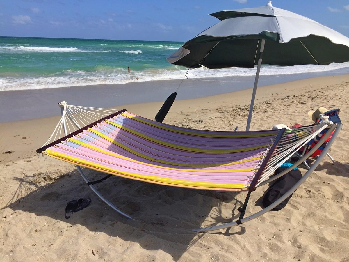 Portable Travel Folding Beach Hammock With Aluminum