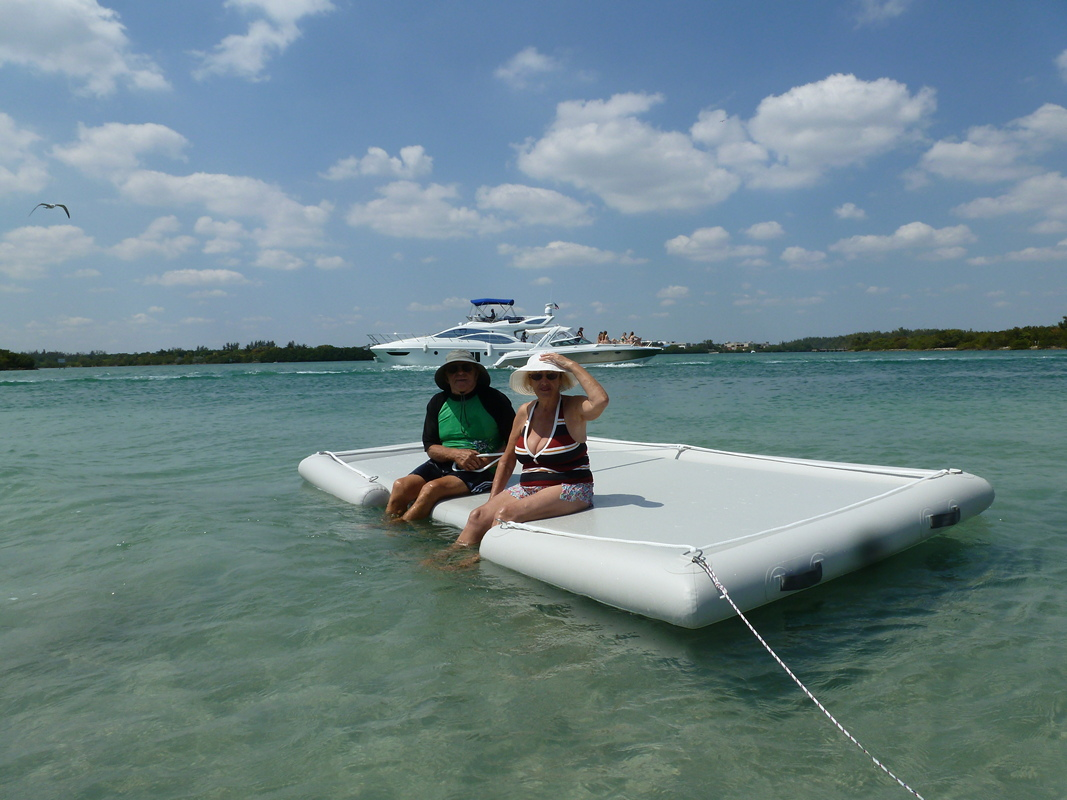 Deluxe Non Skid Inflatable Island Swim Snorkel Have Fun