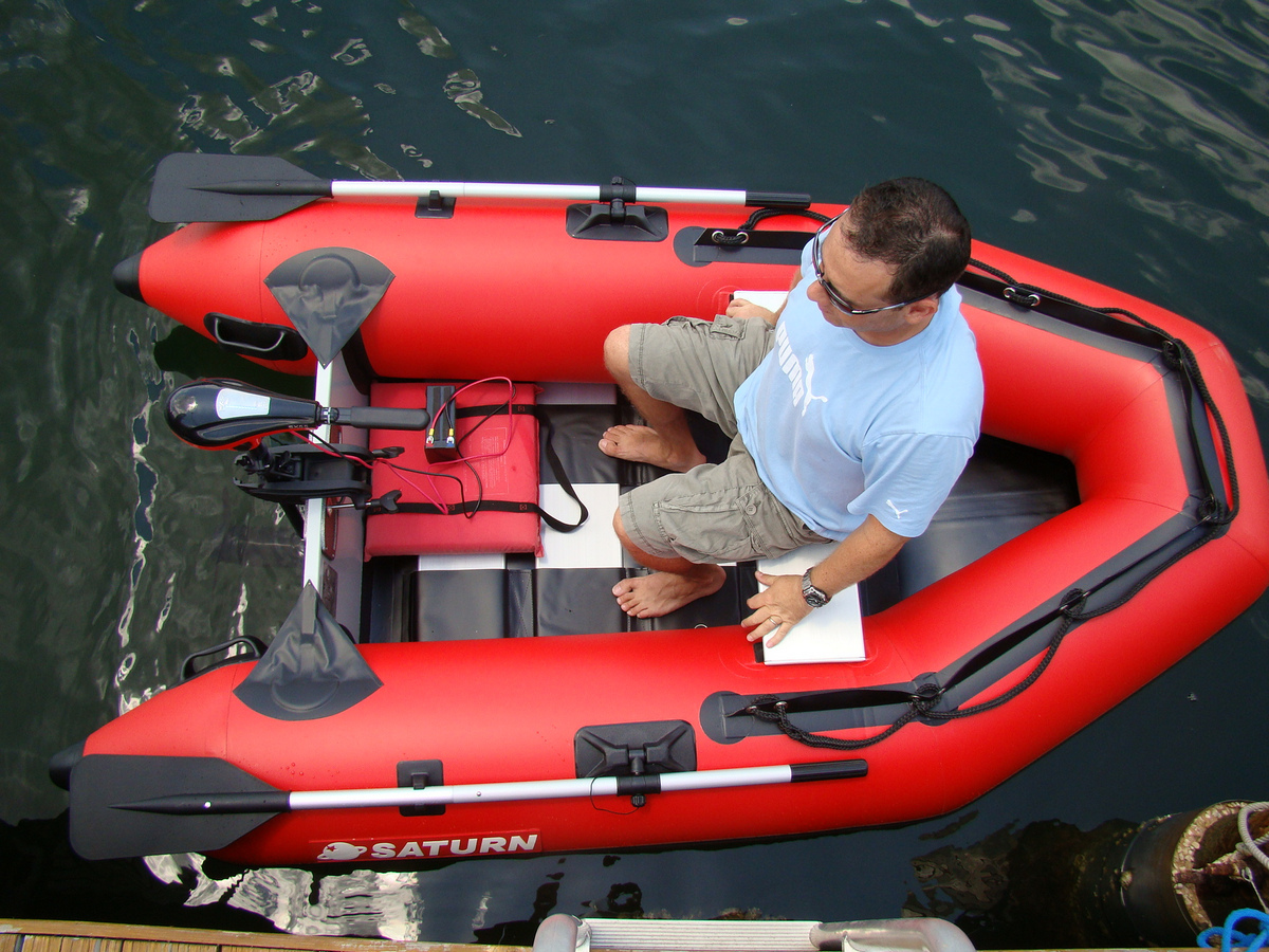 Saturn 8 6 39 inflatable boat with aluminum slated floor ss260 for Blow up fishing boat
