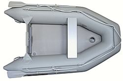 New Saturn SD260 inflatable boat with splash guard and saftety grab rope.