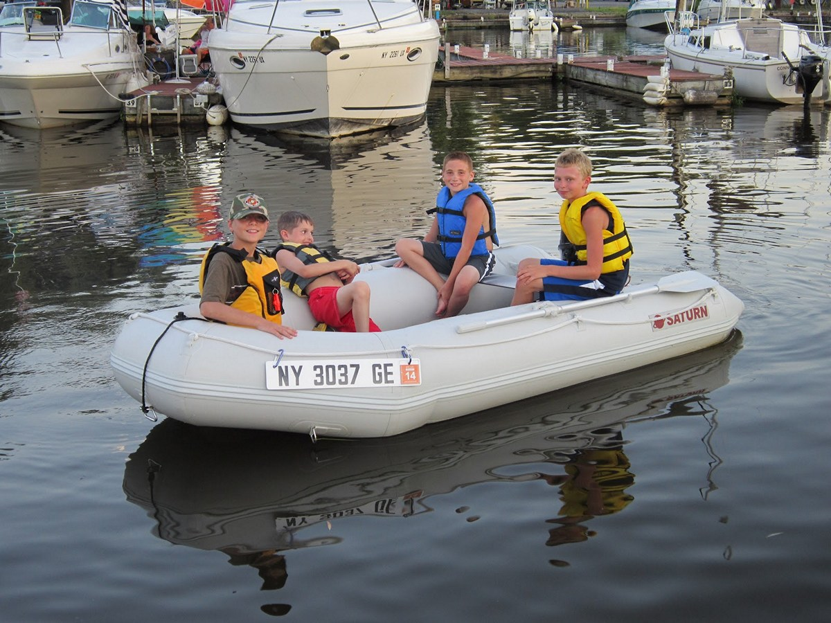 Saturn 9 6 39 Inflatable Motor Boats Are Perfect Size For