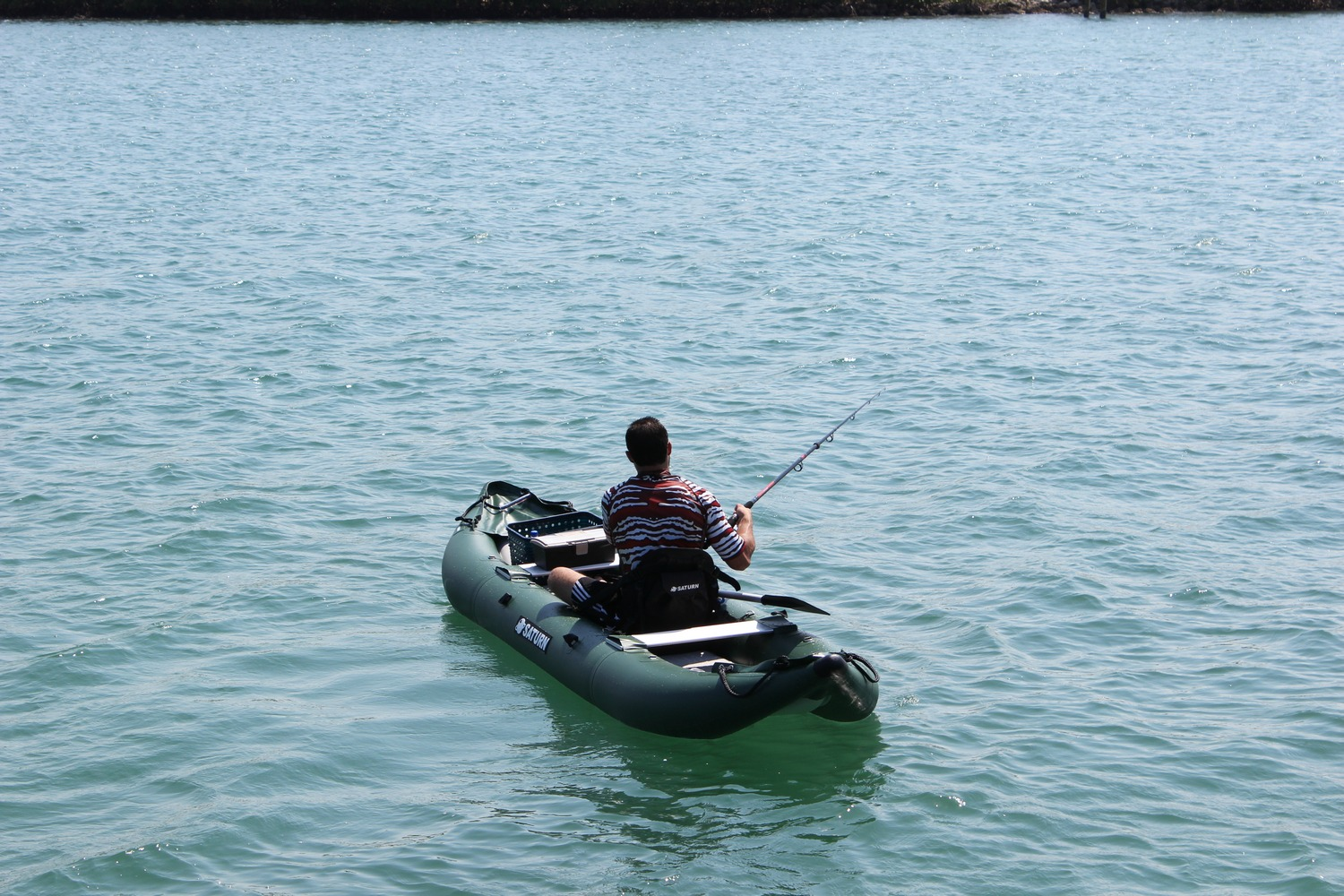 Saturn ocean pro angler inflatable fishing kayaks for Fishing from a kayak