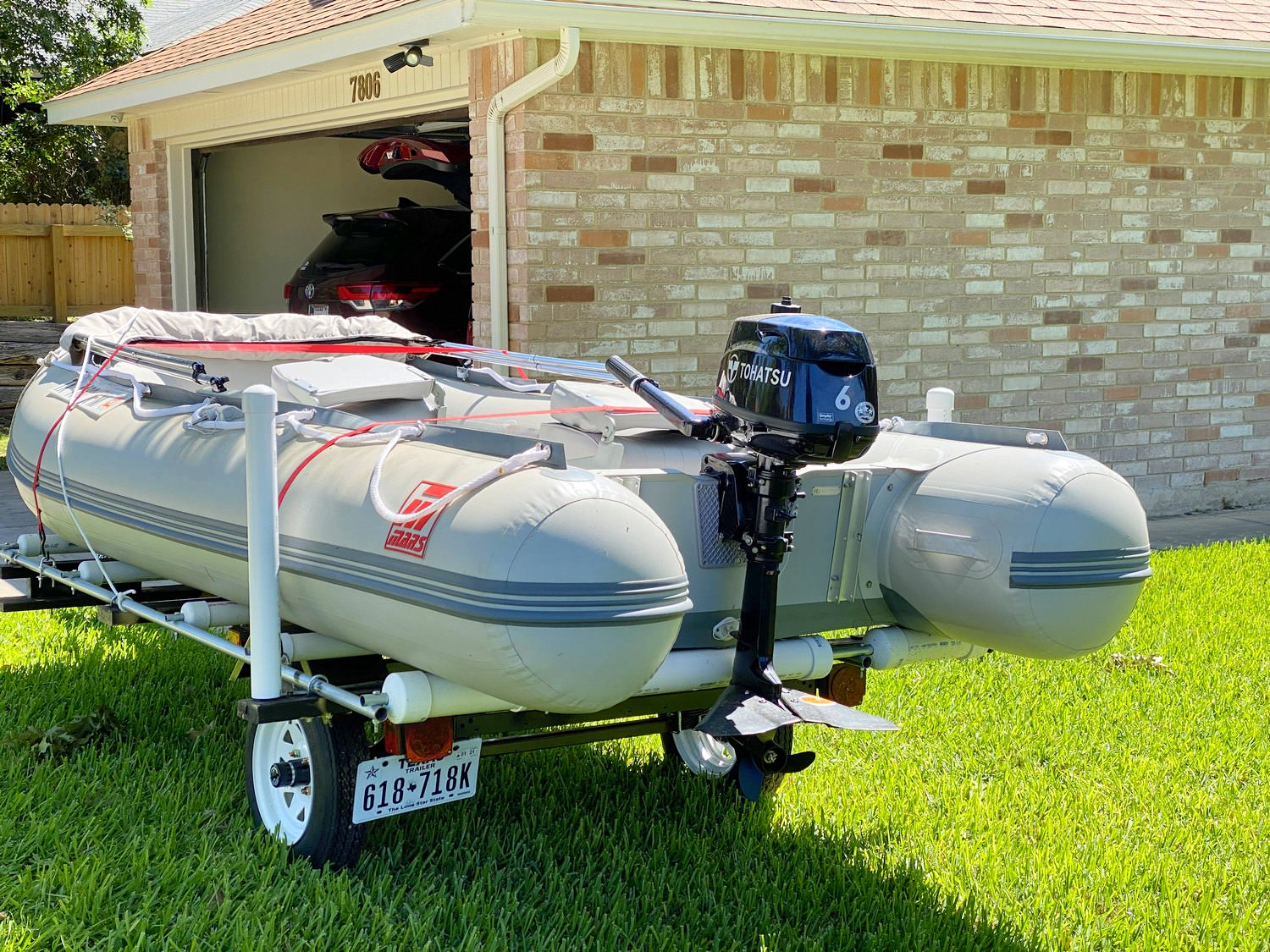 Mars inflatable boat PSM365 on DIY modified small trailer