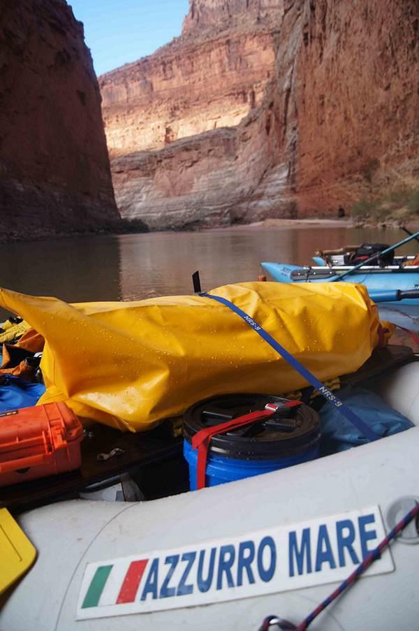 Azzurro Mare River Raft AMR385