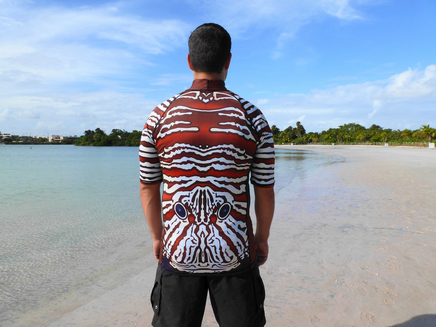 Shark Repellent Rash Guard For Beach And Water Sports