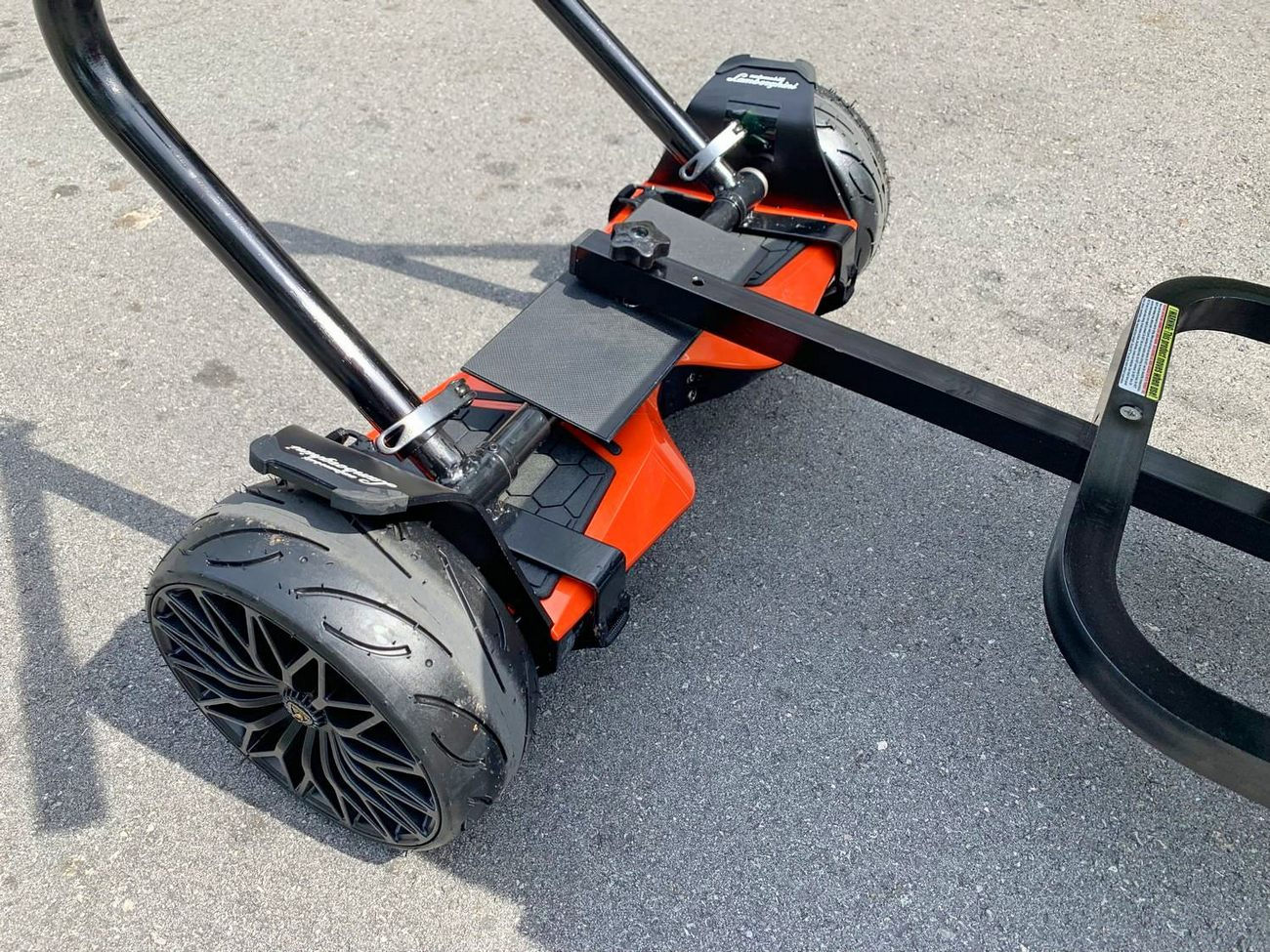 Handles installed on non round hoverboard