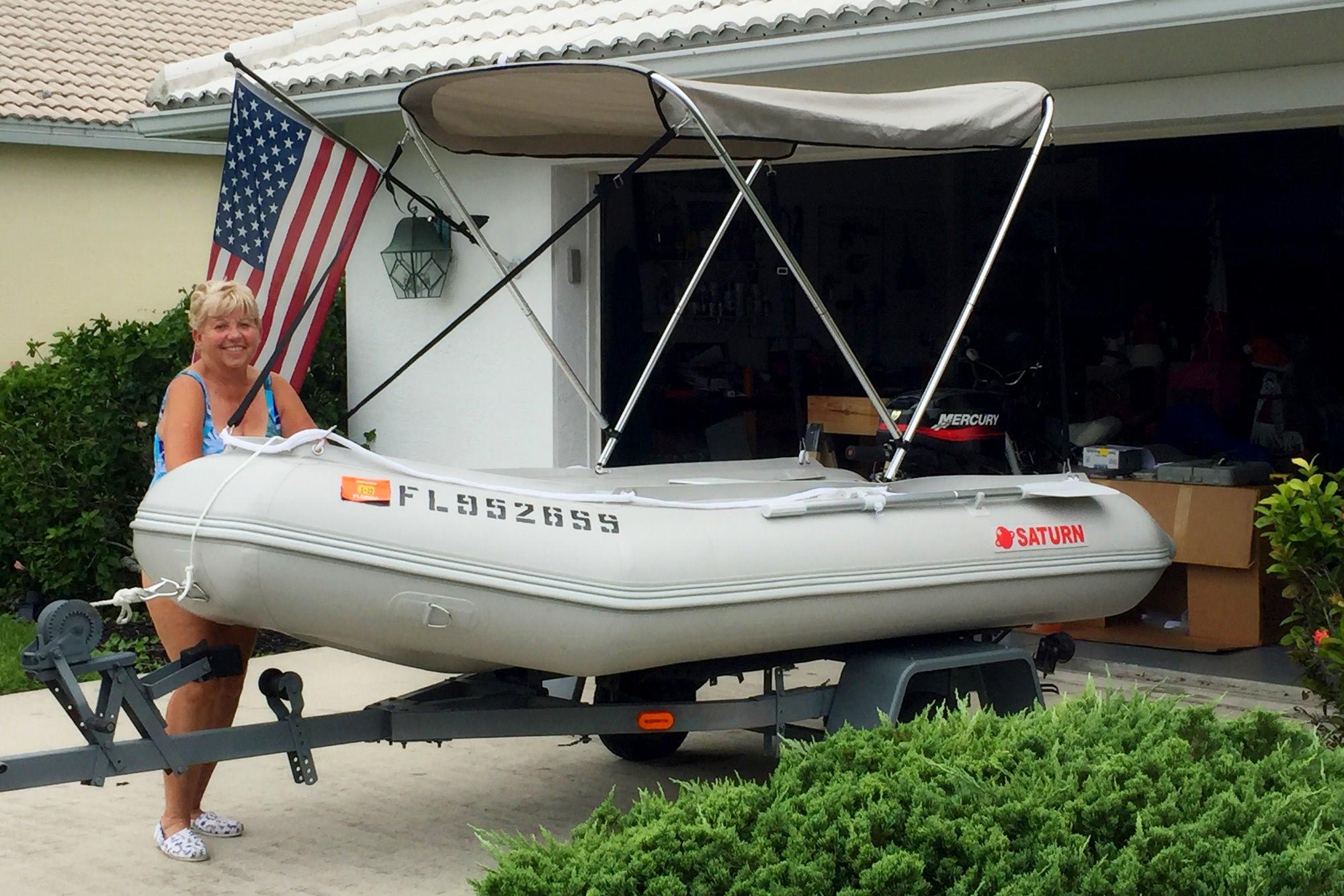 2-Bow bimini on SD330 boat